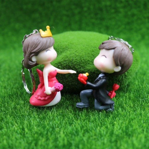 Cute Propose To Her Doll Keychains For Couples