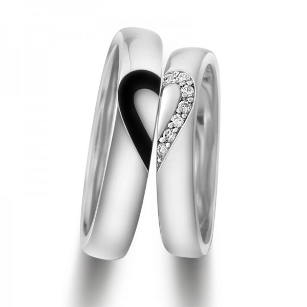 White Gold Plated Matching Heart Couple Rings In 925 Sterling Silver