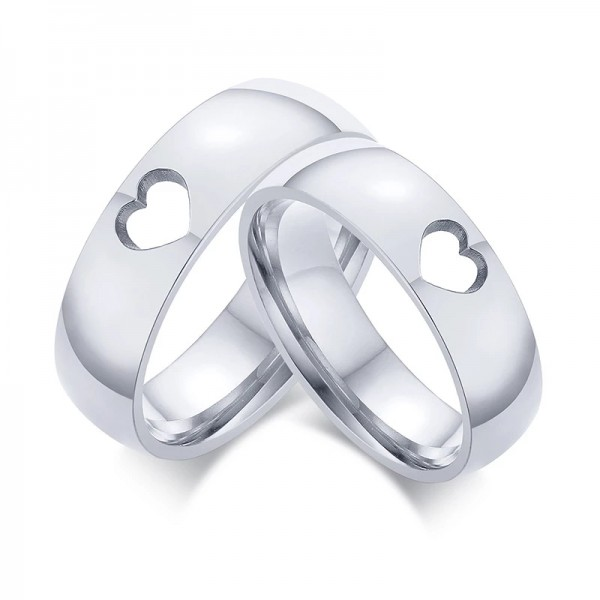 Engravable Cute Hollow Heart Ring For Couples In Stainless Steel