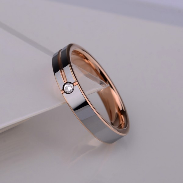 Engravable Cubic Zirconia Rose And Silver Wedding Band For Men In Tungsten
