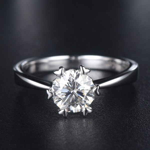 Engravable Solitaire Snowflake Moissanite Promise Ring For Women In Silver