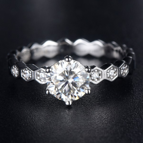 Engravable Honeycomb Moissanite Promise Ring For Women In 925 Sterling Silver