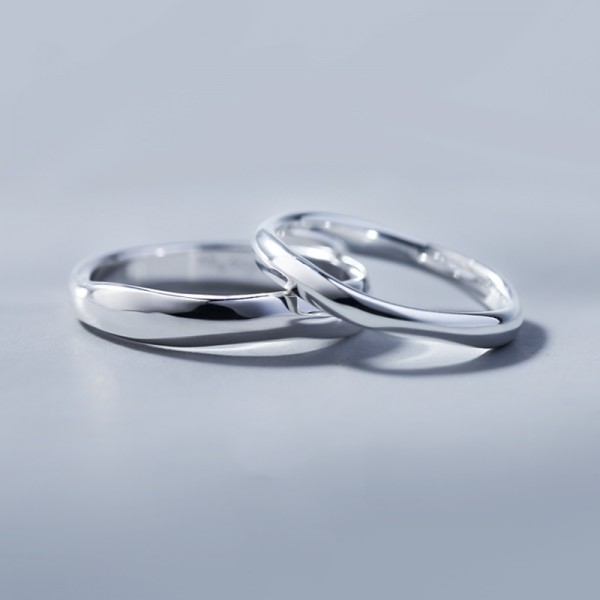 Engravable Wave Pattern Promise Band For Couple In Sterling Silver