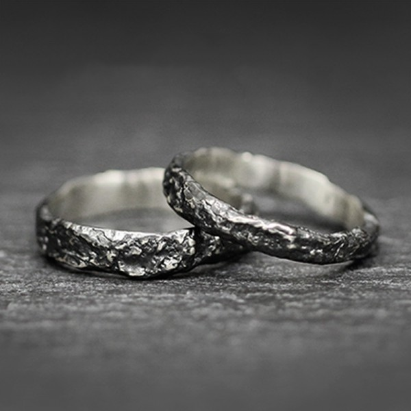 Engravable Black Iron Promise Ring For Couple In Sterling Silver