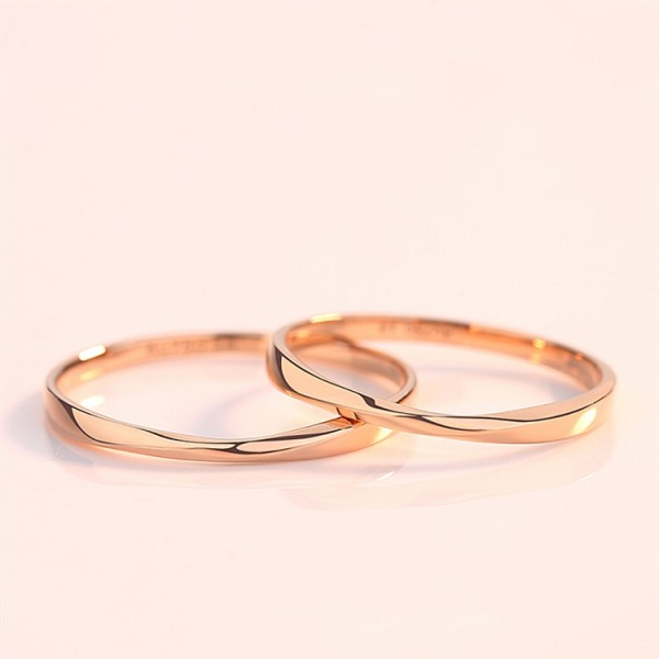 Adjustable 18K Rose Gold Mobius Promise Ring For Couples