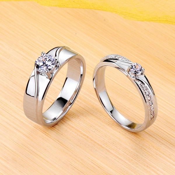 Engravable Twill Moissanite Couple Wedding Bands In Silver
