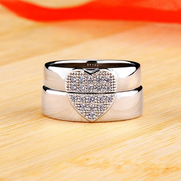 Personalized Matching Heart Moissanite Couple Wedding Bands In Silver